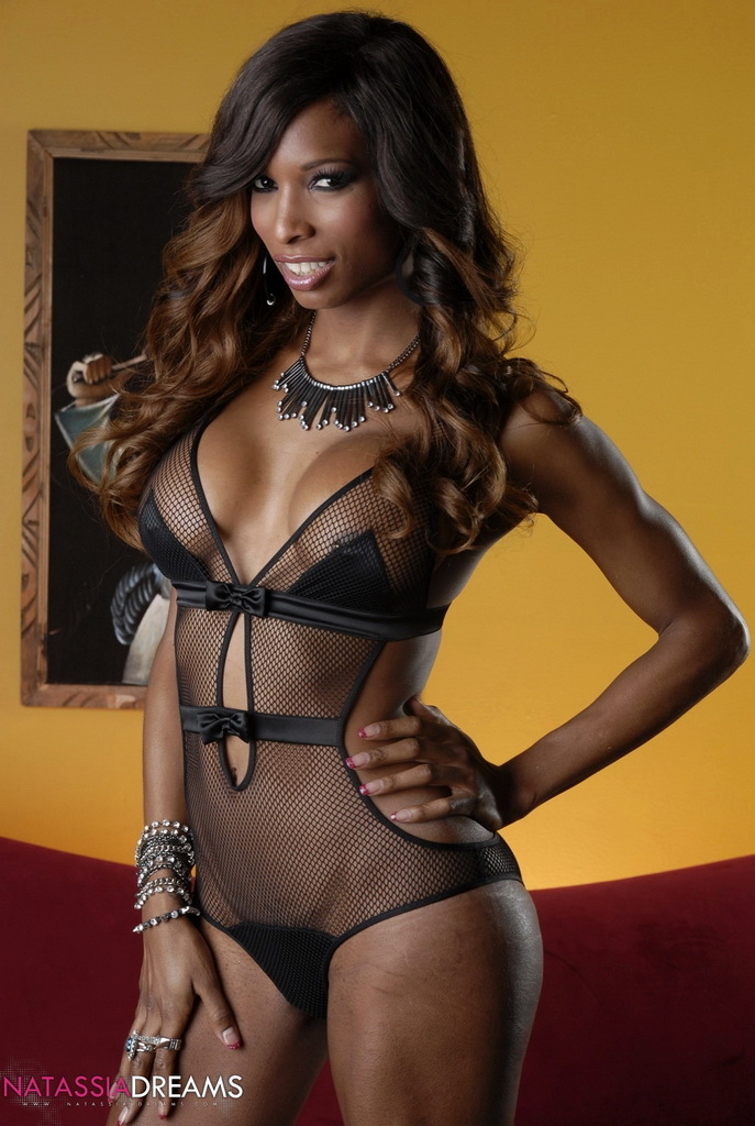 stunning ebony hottie natassia strips and poses